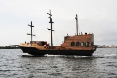 "The ""GOOD FORTUNE"" Pirate Ship Project on her Maiden Voyage. Once again, Pirates roam the waters of Pensacola FL."